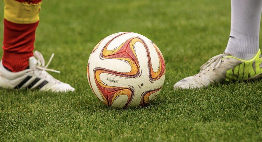 Barcelona Liverpool. Mecz 24 - transmisja online za darmo. Gdzie stream?
