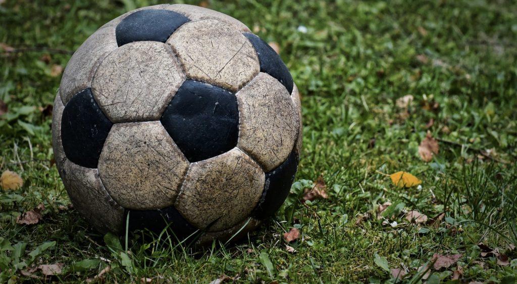 APOEL - Ajax online. Gdzie transmisja w internecie? Mecz za darmo [20.08.2019]