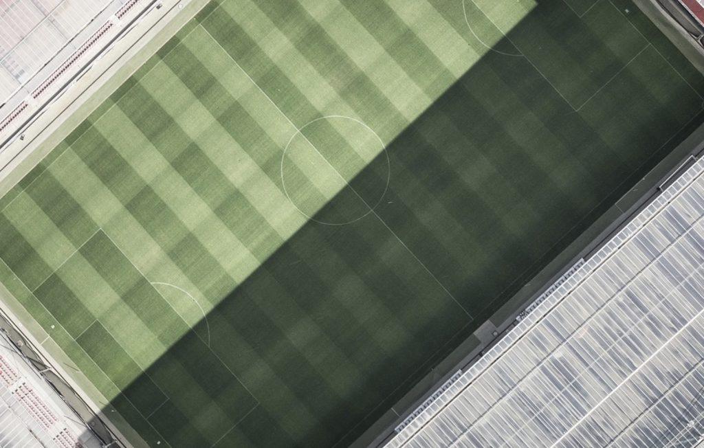 Piątek z Ekstraklasą. Plan transmisji na dziś. Jakie mecze obejrzeć 25 października?