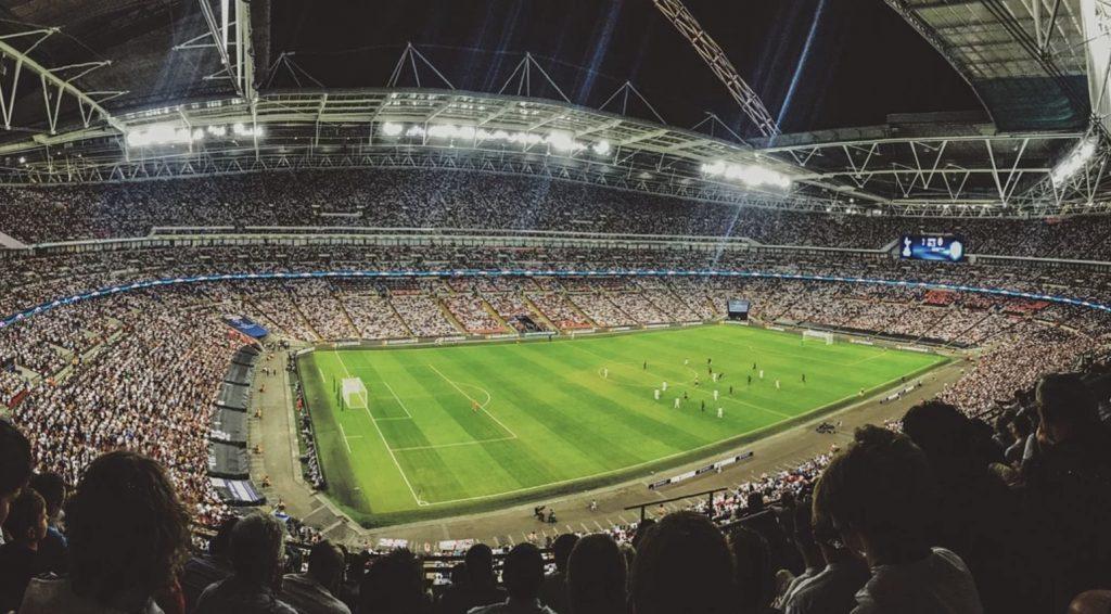 Juventus - Milan, Lyon - PSG, Lechia - Legia. Streamy online, meczyki - 4 marca (środa)